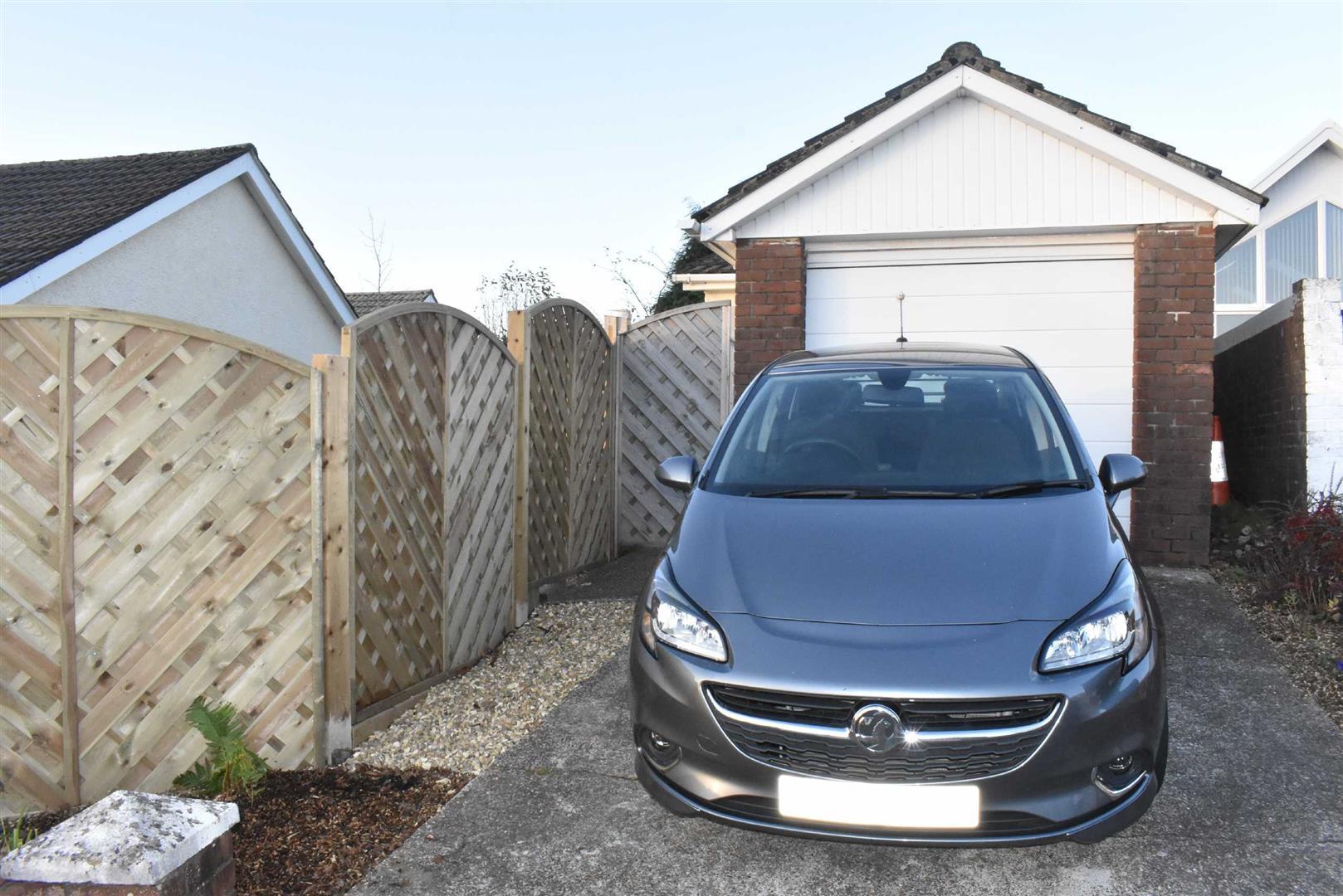 Hendrefoilan Drive, Sketty, Swansea, SA2 7NG